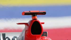 Schumacher fährt weiter hinterher