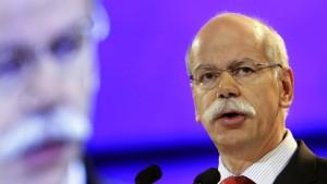 Zetsche wirbt für neue Daimler AG