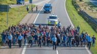 Dänemark schließt Autobahn- und Zugverbindung nach Deutschland