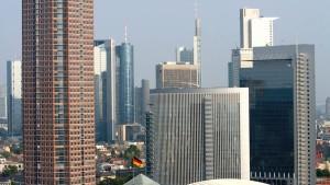 IVG verkauft Frankfurter Hochhaus Pollux