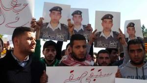 IS verbrennt jordanischen Piloten offenbar bei lebendigem Leib