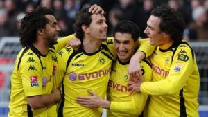 Dortmund bringt sich in Derby-Stimmung
