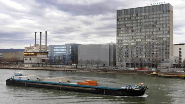 Novartis will Alcon komplett übernehmen