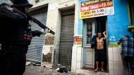 Brasilianische Polizei stürmt das Crack-Land