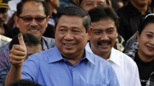 Yudhoyono gewinnt die Präsidentenwahl<B> </B>