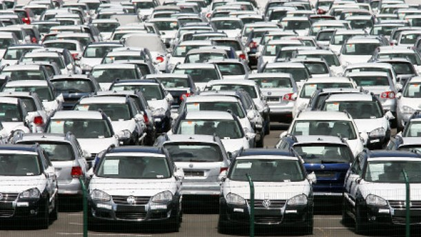 Automarkt stark im Minus