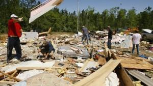 Vierzig Tote bei Tornado-Serie