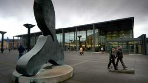 Rheingoldhalle öffnet sich zur Stadt