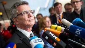 """De Maizière: """"Von Vorwürfen gegen mich bleibt nichts übrig"""""""