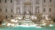 Der Trevi-Brunnen sprudelt wieder