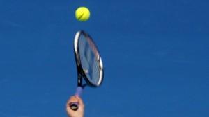 Scharapowa und Nadal schon im Achtelfinale