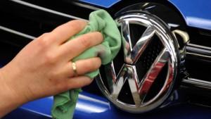 Niedersachsen erwägt Teilverkauf von VW-Aktien