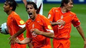 Van Nistelrooy und Tschechien lassen Holland jubeln
