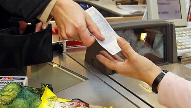 Bargeld aus dem Supermarkt