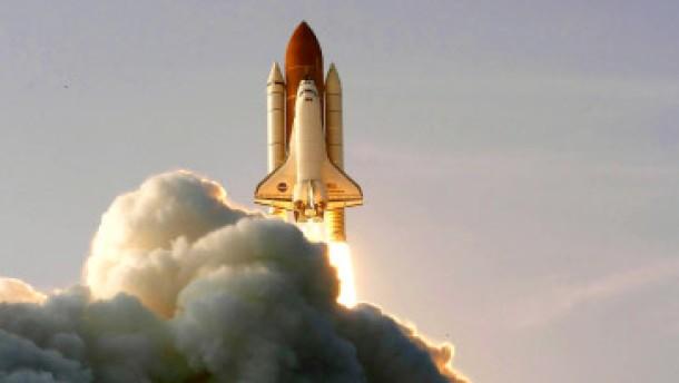 Endeavour auf dem Weg zur ISS