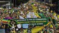 Hunderttausende fordern Rücktritt der Präsidentin