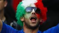 Italienische Fans feiern Sieg gegen Belgien