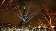 Virtueller Wald auf dem Eiffelturm