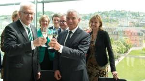 Grün-schwarzes Bündnis in Baden-Württemberg steht