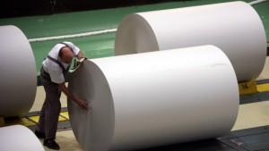 Papierhersteller kämpfen mit niedrigen Preisen