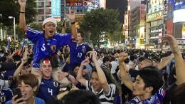 Japaner feiern historischen WM-Start