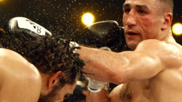 """Dem Sieg folgt der Verbalangriff: """"Ich boxe jeden"""""""