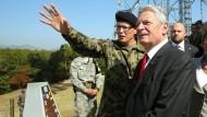Gauck besucht Grenze zwischen Nord- und Südkorea