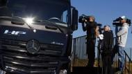 Erster selbstfahrender LKW auf deutscher Autobahn