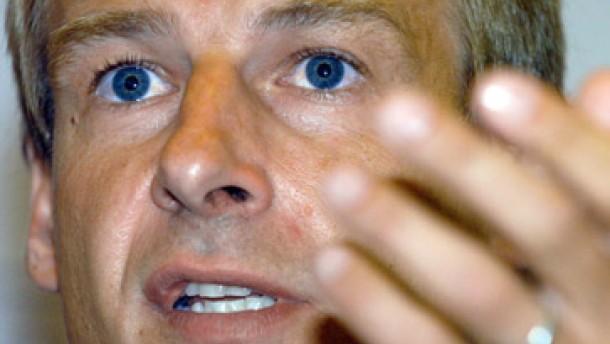 Klinsmann gibt Kahn die Chance zur Revanche gegen Brasilien