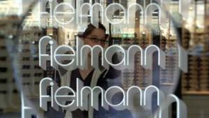 Fielmann gewinnt trotz Ergebnisrückgang Marktanteile