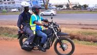 Moped-Taxis werden sicherer