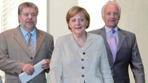 """Kanzlerin: """"Wirklicher Durchbruch"""" - Opposition: """"Merkel-Murks"""""""