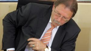 Opposition warnt vor Schulden-Tsunami