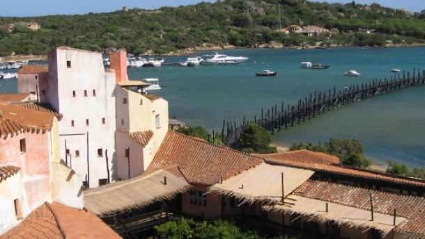 Die Schönen und Reichen flanieren jetzt auf Sardinien