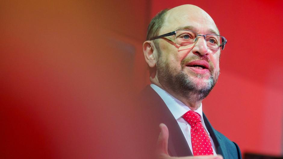 Schulz setzt auf Qualifizierung