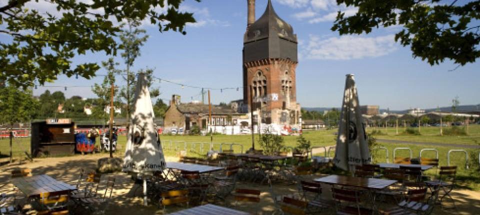 Wiesbaden Folkore Im Garten Zieht Um