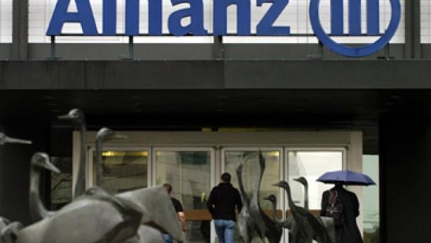 Allianz startet mit Quartalsgewinn ins Jahr