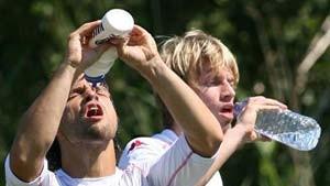 Bremen hat einen Stürmer zuviel - Eintracht wirbt um Aaron Hunt