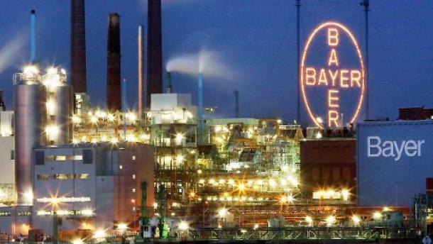Werksgelände der Bayer AG in Leverkusen