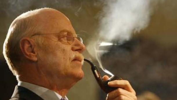 Streit um Rauchverbot geht weiter