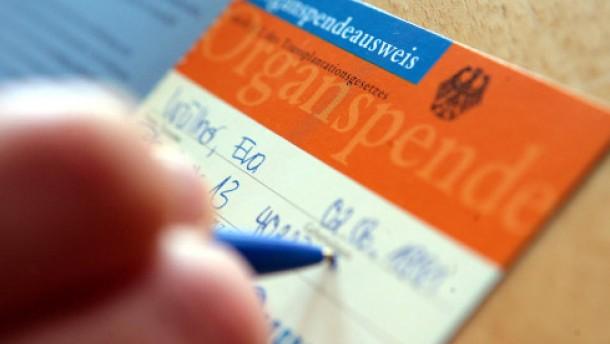 Organspendeausweis als Beigabe zum Führerschein