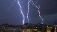 Wetterdienst warnt vor Gewittern am Wochenende