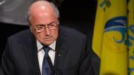 """Blatter will Fifa aus dem Schmutz"""" ziehen"""