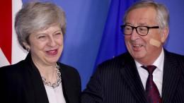 """May und Juncker führen """"konstruktives"""" Brexit-Gespräch"""