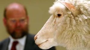Ehrlich-Preisträger und Schöpfer von Dolly verteidigt Forschung