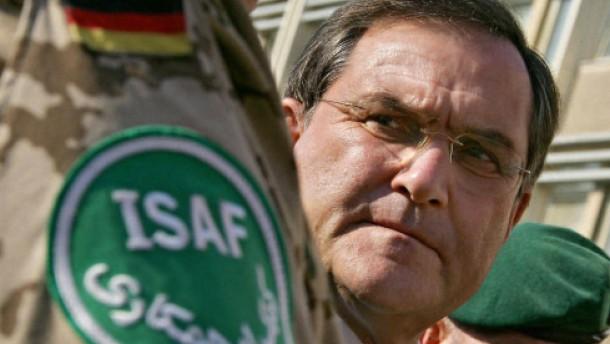 Jung fordert bis zu 4500 Soldaten für Isaf-Einsatz