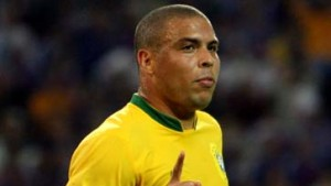Brasilien zaubert wieder, Ronaldo trifft wieder