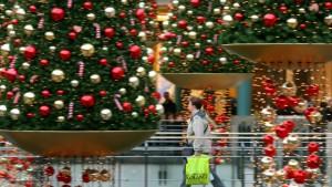 Händler setzen trotz Krise auf den Weihnachtsmann