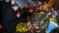 DOPPELUNG Gedenken an Opfer auf dem Maidan