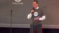 Entwicklungsminister Müller wird zum Youtube-Brüller